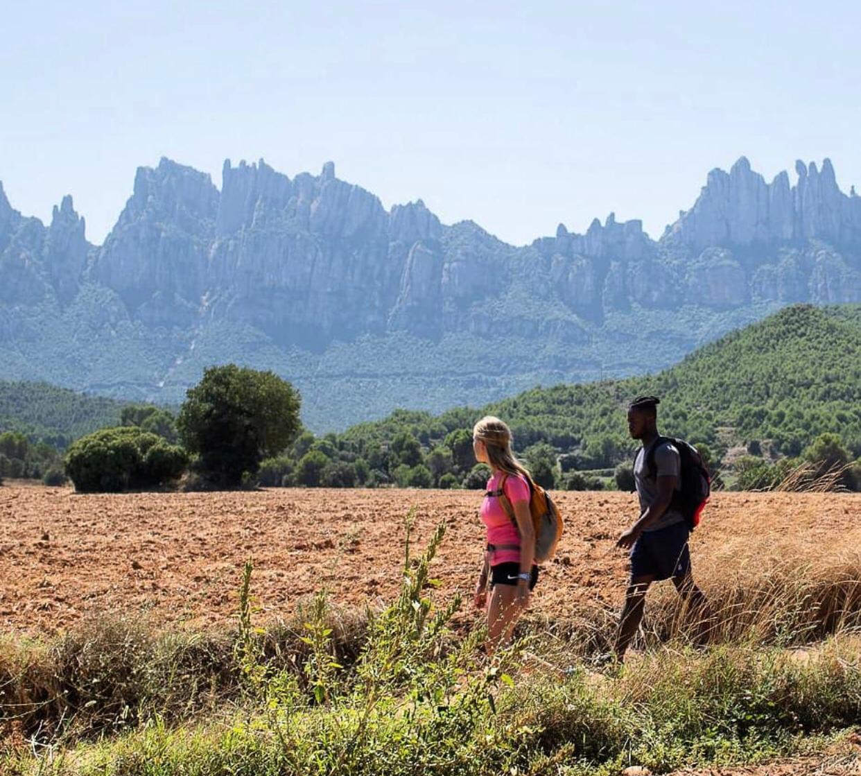 Exhaurides les places per la caminada nocturna Montserrat-Manresa d'aquest dissabte