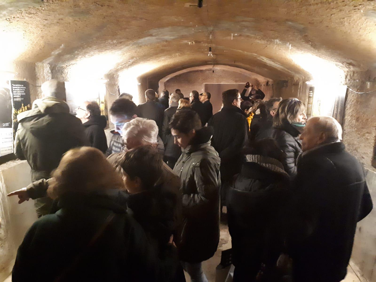Més de 400 persones han passat pel refugi antiaeri de la Renaixença per visitar l'exposició