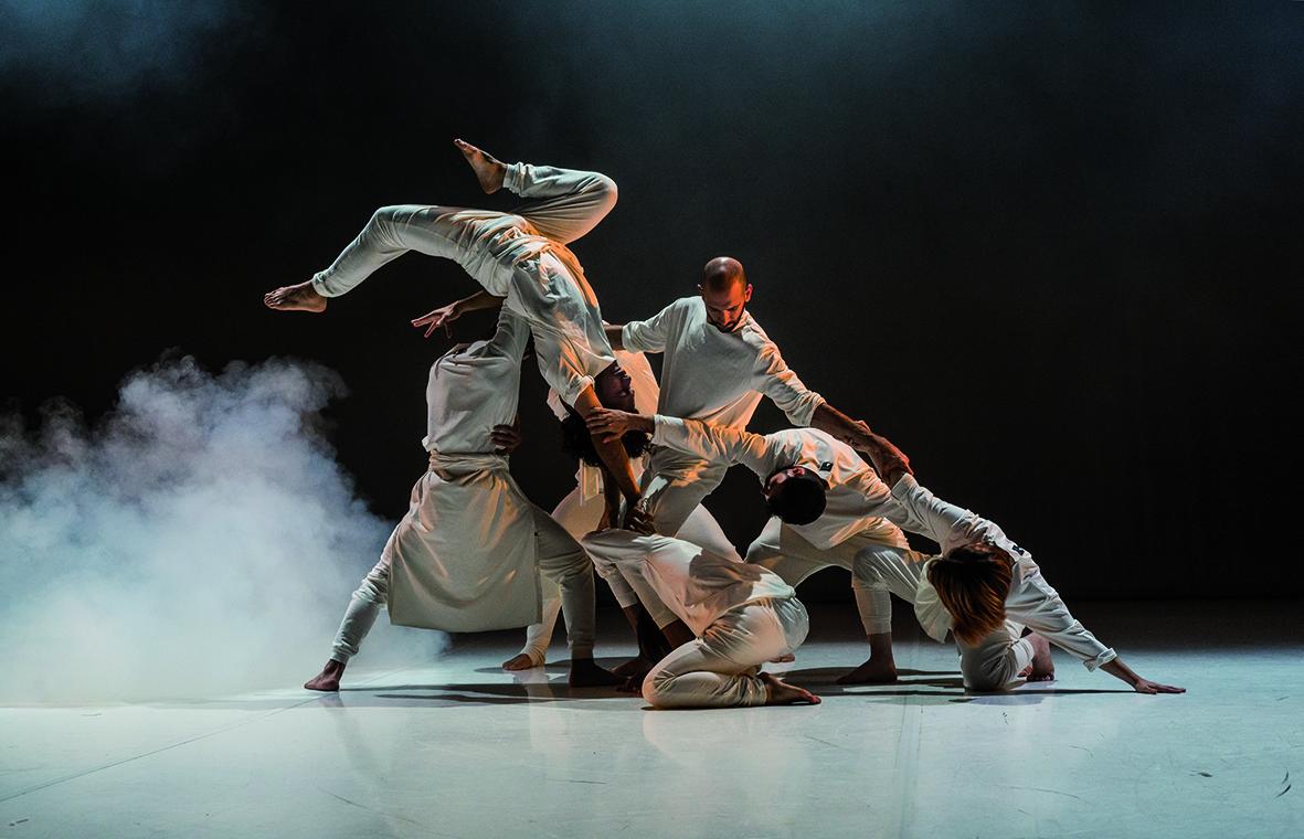 L'espectacle 'No sin mis huesos' d'Iron Skulls inaugurarà demà al Kursaal el festival de dansa Batecs