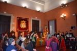 Alumnes de les escoles Jeroni de Moragas, Oms i de Prat i Renaixença recreen la història de la construcció de la Sèquia en el pregó infantil de la Llum